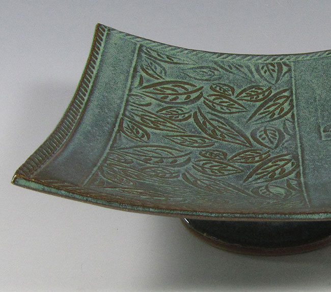 Square Plate with Foot